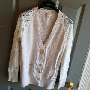 Lace Sleeved Cardigan